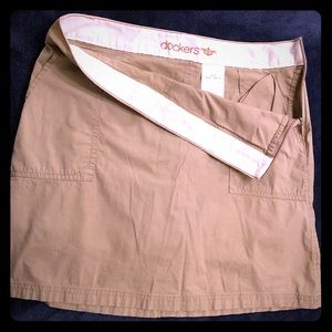 Dockers mini skirt with pants